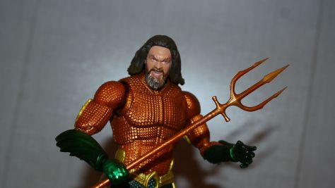 Mafex Medicom Toys Aquaman Review 15