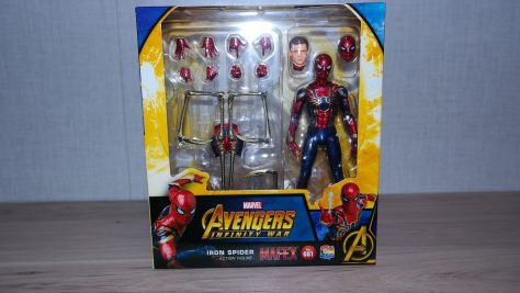 Mafex Review   Iron Spider (2nd Release) (Avengers Infinity War)