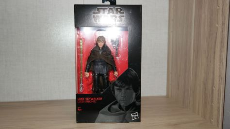 Star-Wars-Hasbro-Black-Series-Luke-Skywalker-Jedi-Knight-Review-3