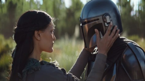 The Mandalorian Finally Speaks in the Latest Trailer