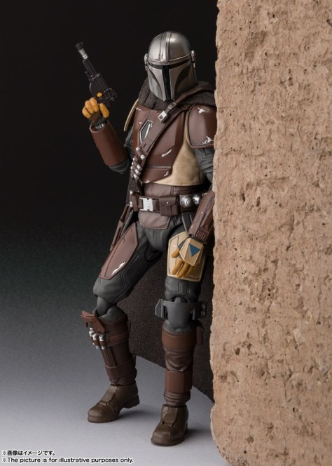 The-Mandalorian-Tamashii-Nations-SHF-3