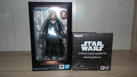 SHF-Luke-Skywalker-Star-Wars-The-Last-Jedi-Review-1