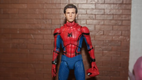 Mafex Spider-Man 1.5 Medicom Toy (Spider-Man Homecoming) Review 21