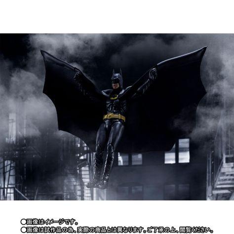 Bandai S.H. Figuarts Batman 1989 Promo Image 6