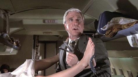 Leslie-Nielsen-Airplane