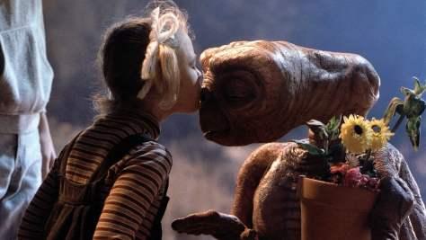 ET-The-Extra-Terrestrial-004