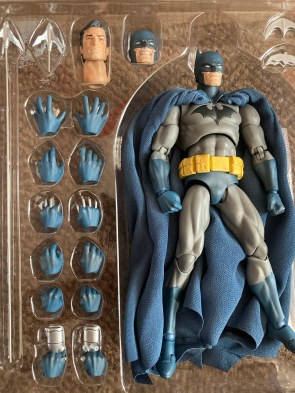Medicom Mafex Batman Hush Review 009