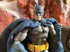 Medicom Mafex Batman Hush Review 017