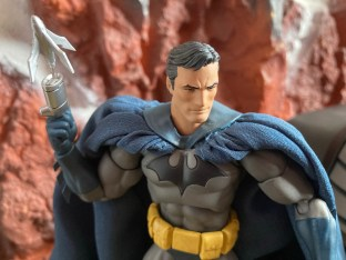 Medicom Mafex Batman Hush Review 027