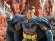 Medicom Mafex Batman Hush Review 028