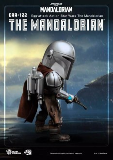 Mandalorian-and-Child-Egg-Attack-004