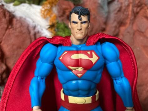 review-superman-mafex-batman-hush-medicom