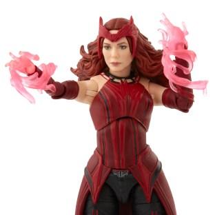 Marvel-Legends-Scarlett-Witch-04