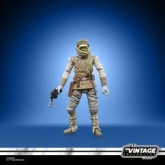 STAR-WARS-THE-VINTAGE-COLLECTION-3.75-INCH-LUKE-SKYWALKER-HOTH-Figure-oop-9