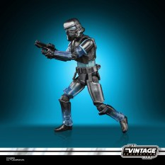 STAR-WARS-THE-VINTAGE-COLLECTION-GAMING-GREATS-3.75-INCH-SHADOW-STORMTROOPER-Figure-5
