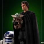 Luke-R2-Grogu-Legacy-IS_08
