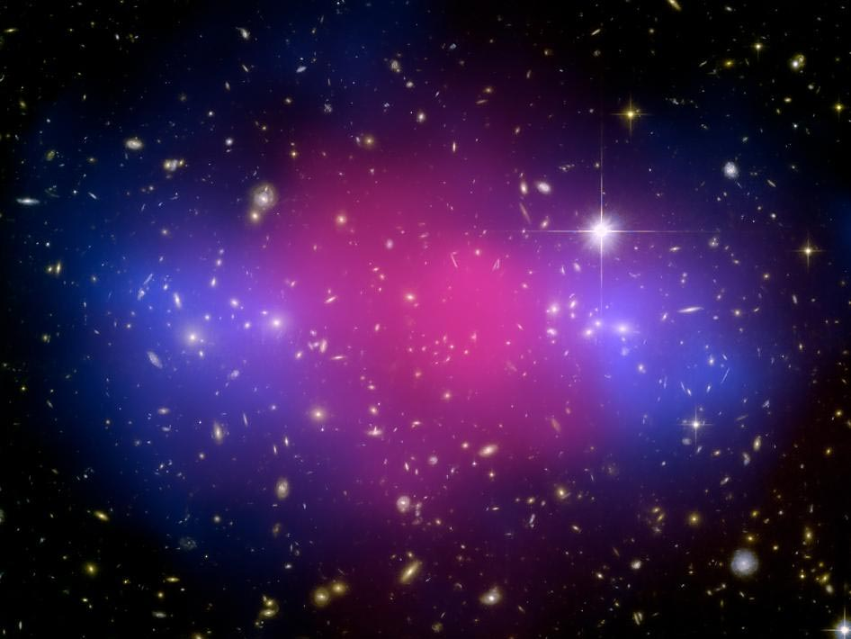 Galaxy Clusters Collision Captured Tfot