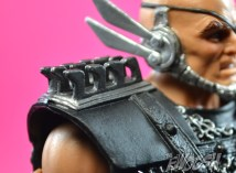 MOTUC-Masters-of-the-Universe-Classics-Blade-Review-shoulder