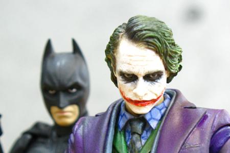 Medicom MAFEX The Dark Knight Joker Batman Featured