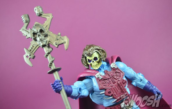 Masters-of-the-Universe-Classics-MOTUC-NA-Intergalactic-Skeletor-Review-raise