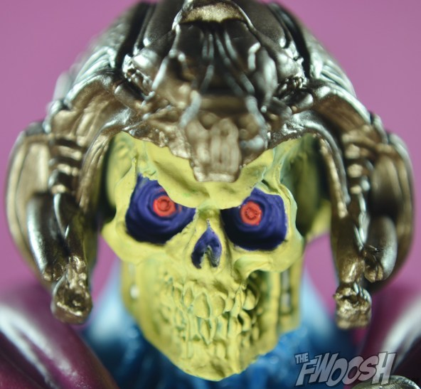 Masters-of-the-Universe-Classics-MOTUC-NA-Intergalactic-Skeletor-Review-scary