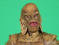 Diamond Select Universal Monsters Creature From The Black Lagoon Close