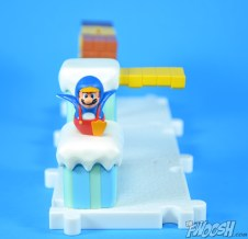 Jakks-Pacific-World-of-Nintendo-Micro-Land-1-2-Review-mario-glacier-5