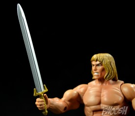 Masters-of-the-Universe-Classics-MOTUC-Oo-Larr-Review-sword-2