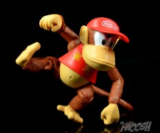 Jakks-World-of-Nintendo-Diddy-Kong-Review-kick