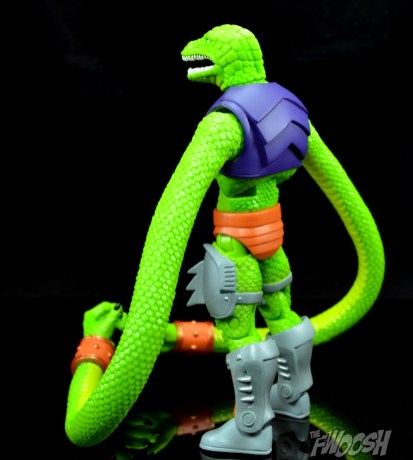 Masters-of-the-Universe-Classics-MOTUC-Sssqueeze-Review-turn-3