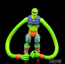 Masters-of-the-Universe-Classics-MOTUC-Sssqueeze-Review