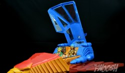 Masters-of-the-Universe-Classics-MOTUC-Talon-Fighter-and-Point-Dread-Review-open-hatch
