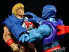 Masters-of-the-Universe-Classics-MOTUC-Terror-Claws-Thunder-Punch-Review-claw-choke
