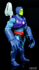Masters-of-the-Universe-Classics-MOTUC-Terror-Claws-Thunder-Punch-Review-skeletor-turn-1