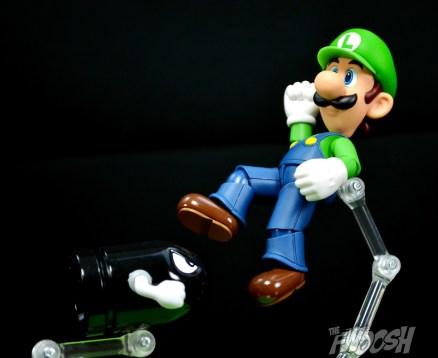 SH-Figuarts-Bandai-Super-Mario-Playset-D-Review-bullet-bill-attack
