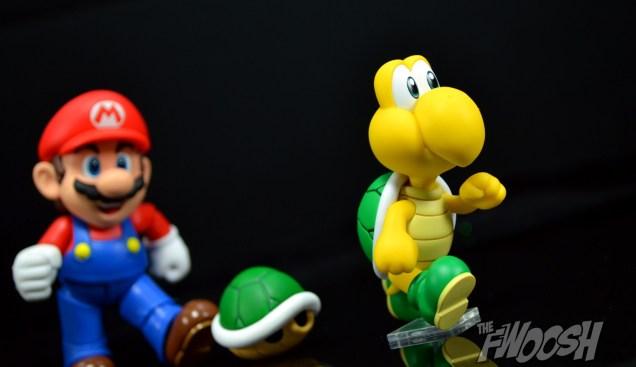 SH-Figuarts-Bandai-Super-Mario-Playset-D-Review-koopa-kick