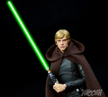 SH-Figuarts-Star-Wars-Jedi-Luke-Skywalker-Best-of-2015-2