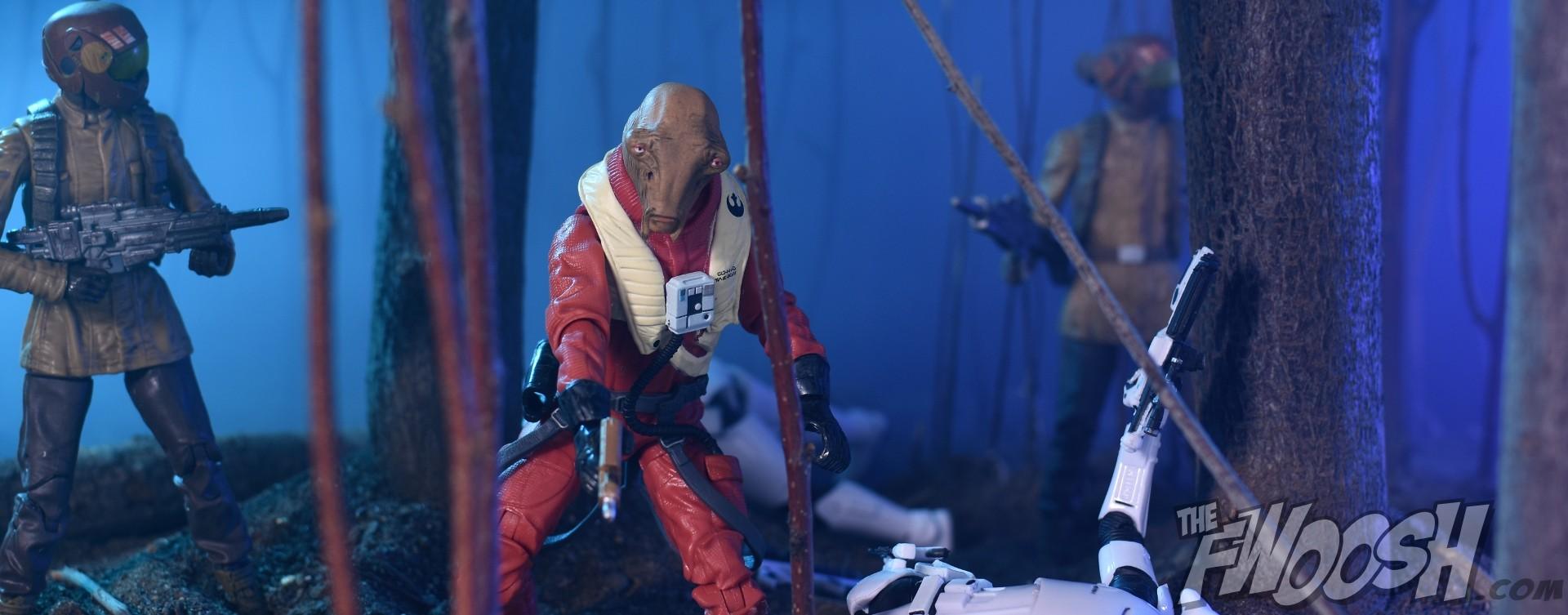Hasbro Star Wars The Force Awakens Black Series Ello Asty Fwoosh Top 20 21