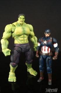 Bandai S.H. Figuarts Avengers Age of Ultron Captain America 7