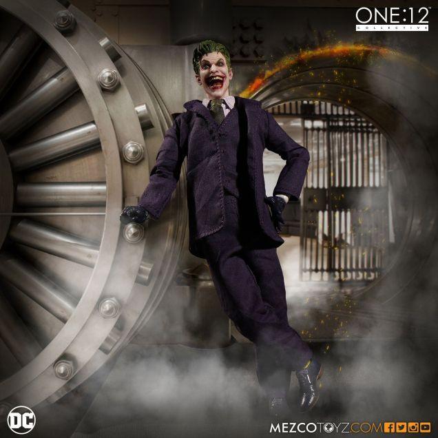 mezco-toyz-one-12-collective-dc-joker-04