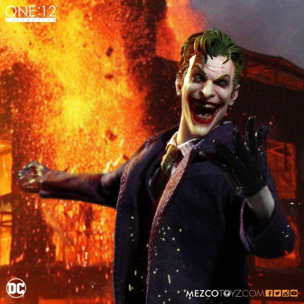 mezco-toyz-one-12-collective-dc-joker-07