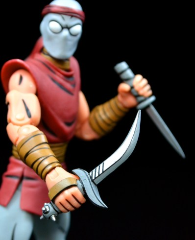 neca-nycc-eastman-and-laird-tmnt-foot-clan-knife