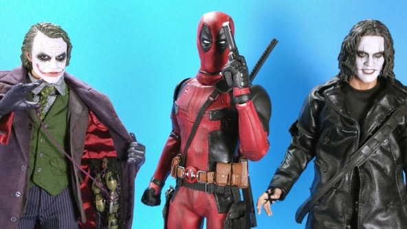 hot-toys-movie-masterpiece-deadpool-mms-437-ryan-reynolds-comparison