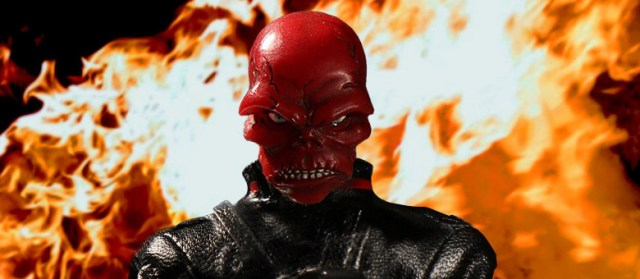 mezco-toyz-one-12-collective-red-skull-promo-featured