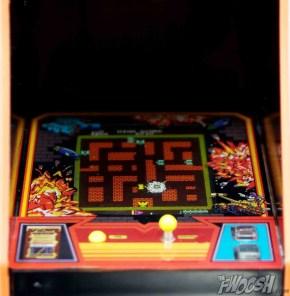 FREEing-Bandai-Namco-arcade-cabinet-review-tank-battalion-screen