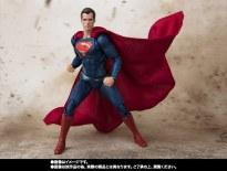 Bandai SH Figuarts Justice League Superman Promo 02