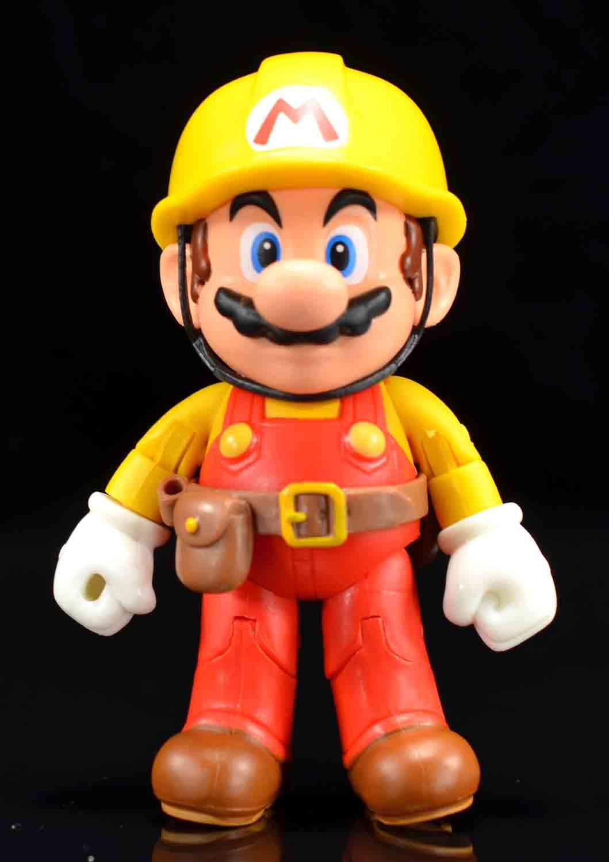 Jakks Pacific: World of Nintendo Luigi, Mario Maker Mario, and
