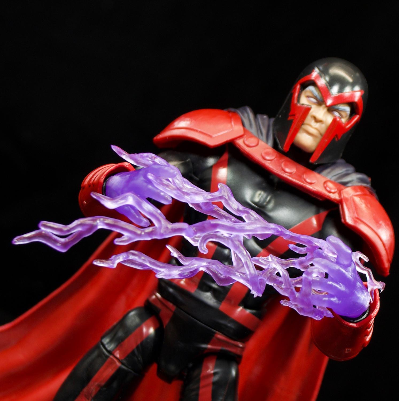 Hasbro: X-Men Marvel Legends Apocalypse Series Magneto and