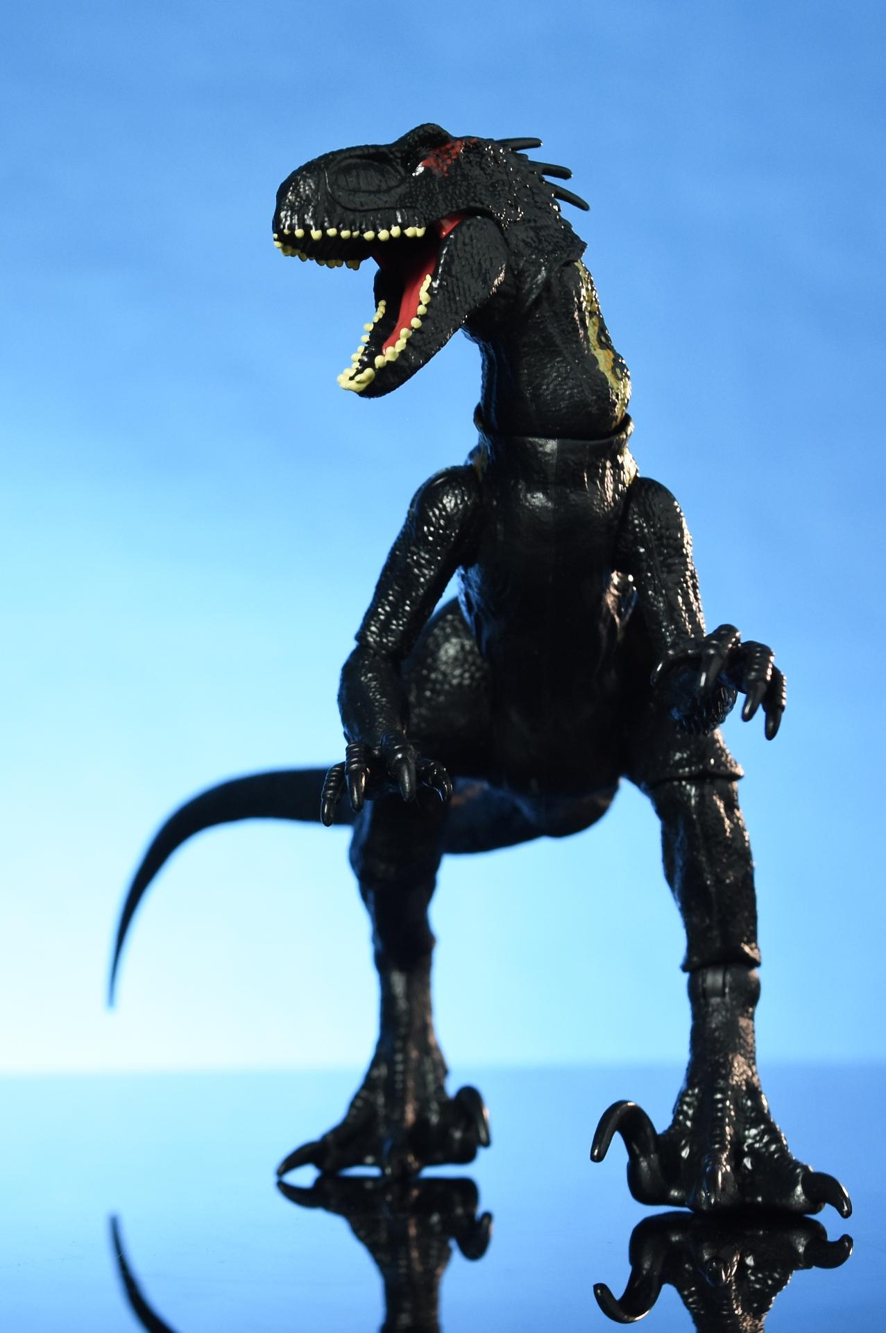 Mattel Jurassic World Indoraptor The Fwoosh
