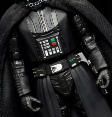 SH-Figuarts-Bandai-Star-Wars-ANH-Darth-Vader-Review-torso